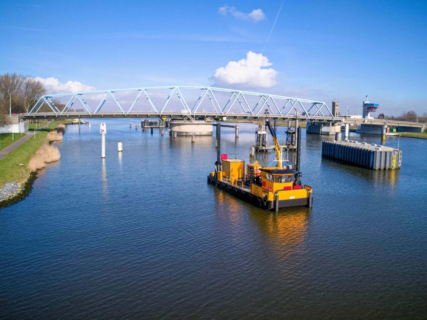 Stabiliteitsonderzoek draaibruggen en bodems Kanaal Gent-Terneuzen